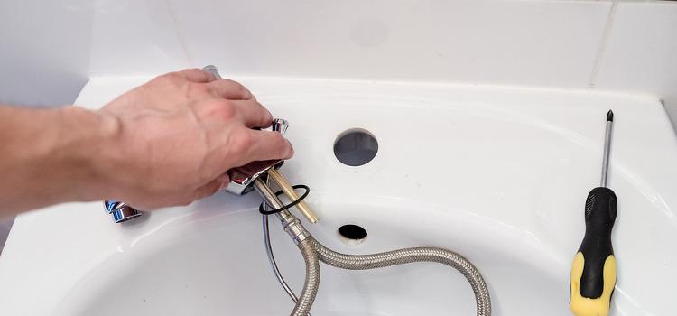 Czy wodę ze studni zawsze trzeba uzdatniać? Jakie urządzenia mogą się przydać?